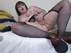 Try Out Tuesday Kelly Quell Cums!